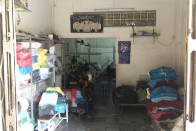Nhà chợ 200 Xóm Chiếu quận 4 7.9x18.75