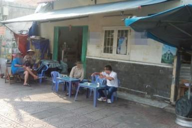 Nhà đường Bến Vân Đồn 7x3.15m