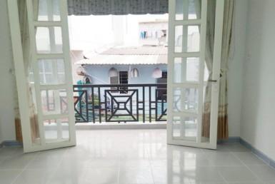 Nhà đường Đoàn Văn Bơ 4.35x17m