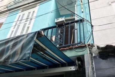 Nhà đường Tôn Thất Thuyết quận 4 38.1m2