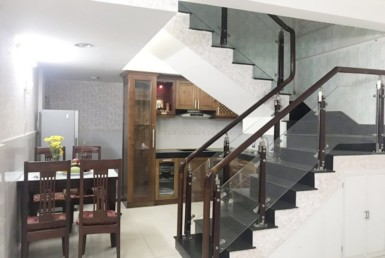 Nhà gần đường Tân Vĩnh quận 4 4x10m