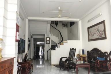 Nhà mặt tiền đường Vĩnh Hội quận 4 4x20m