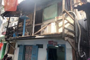 Nhà hẻm đường Bến Vân Đồn quận 4 4x4m