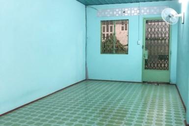 Nhà hẻm Đoàn Văn Bơ 3.28x13.42m