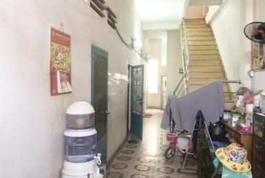Nhà mặt tiền đường Khánh Hội 5.77x14.75m