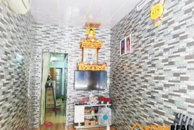 Nhà hẻm đường Bến Vân Đồn quận 4 2.49x11.29m