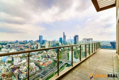 Căn hộ penthouse Millennium quận 4 3PN 250m2