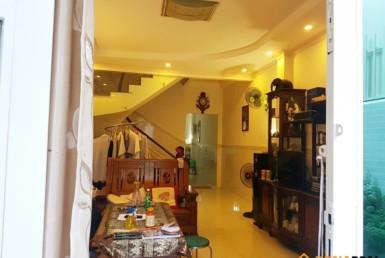 Nhà đường Đoàn Văn Bơ quận 4 4.03x22.5m