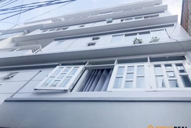 Nhà đường Cách Mạng Tháng 8 quận 3 8.65x7.15m