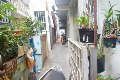 Nhà đường Nguyễn Khoái quận 4 65.7m2