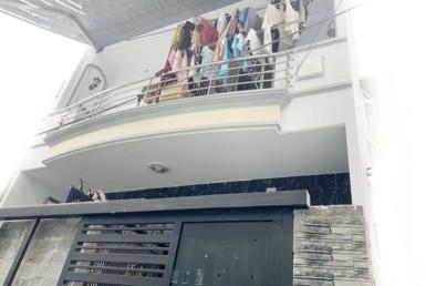 Nhà đường Tôn Thất Thuyết quận 4 5.6x15m