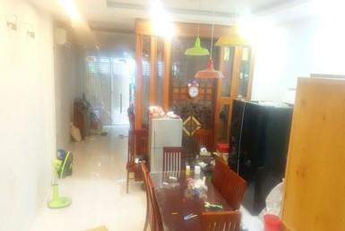 Nhà đường Đoàn Văn Bơ quận 4 4.35x22m