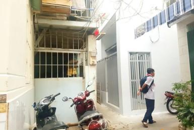 Nhà đường Nguyễn Khoái quận 4 7.9x14.15m