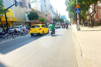 Nhà đường Khánh Hội, quận 4 6x14.8m