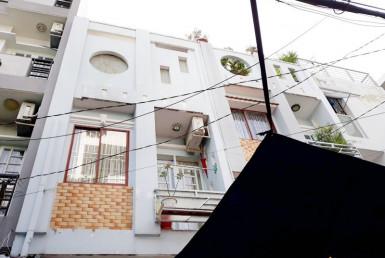 Nhà đường Trương Công Định, quận Tân Bình 3.9x12m