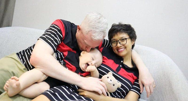 Vợ Việt giúp chồng Tây về TP.HCM giữa Covid-19
