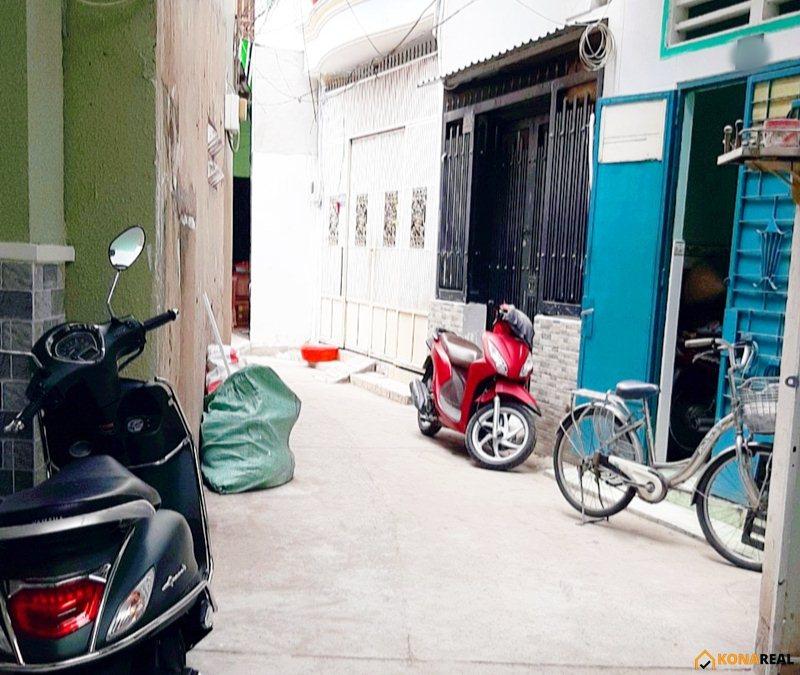 Nhà đường Đoàn Văn Bơ quận 4 22.9m2